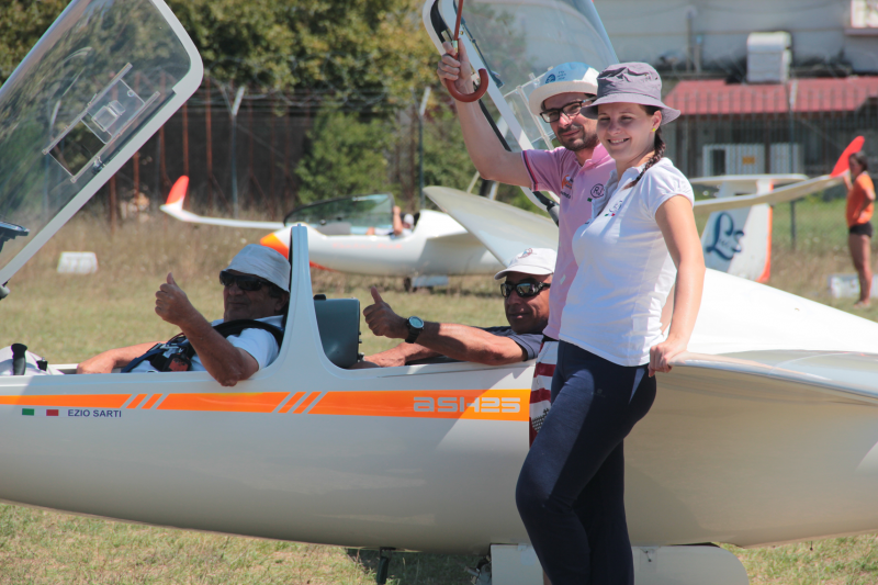image wing-electronic-gliding-team-5-png